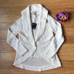 Esciô Beige Long Sleeve Cardigan Sweater